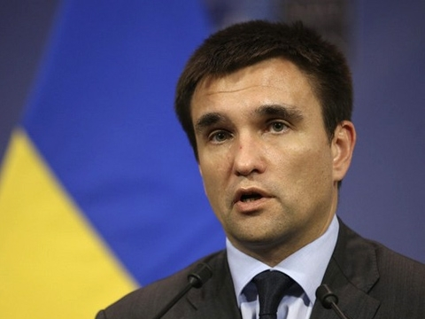 FM Klimkin outraged at attack on Poland's Consulate General in Lutsk