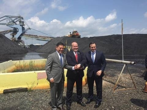 U.S. XCoal ships first batch of coal to Ukraine